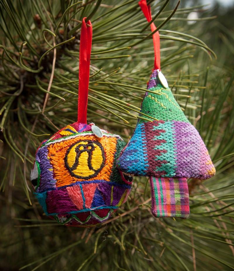 Guatemalan Ornament Set - Guatemalan Ornament Set - Friendship Bridge